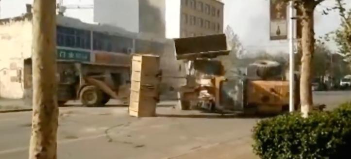 bulldozerfight2